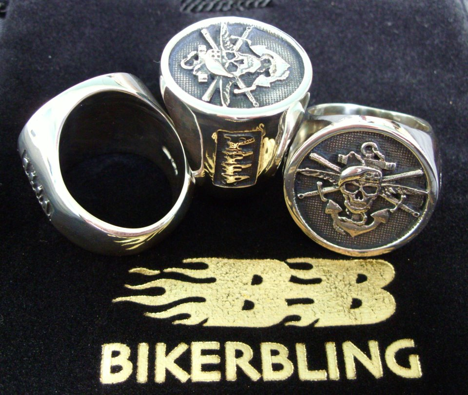 style statement rings men signet design fashion products club casual jewelry new ring retro male ekustyee punk motorcycles two net brand cross colors